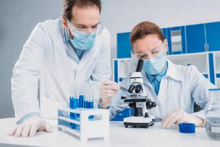 lab scientists at work
